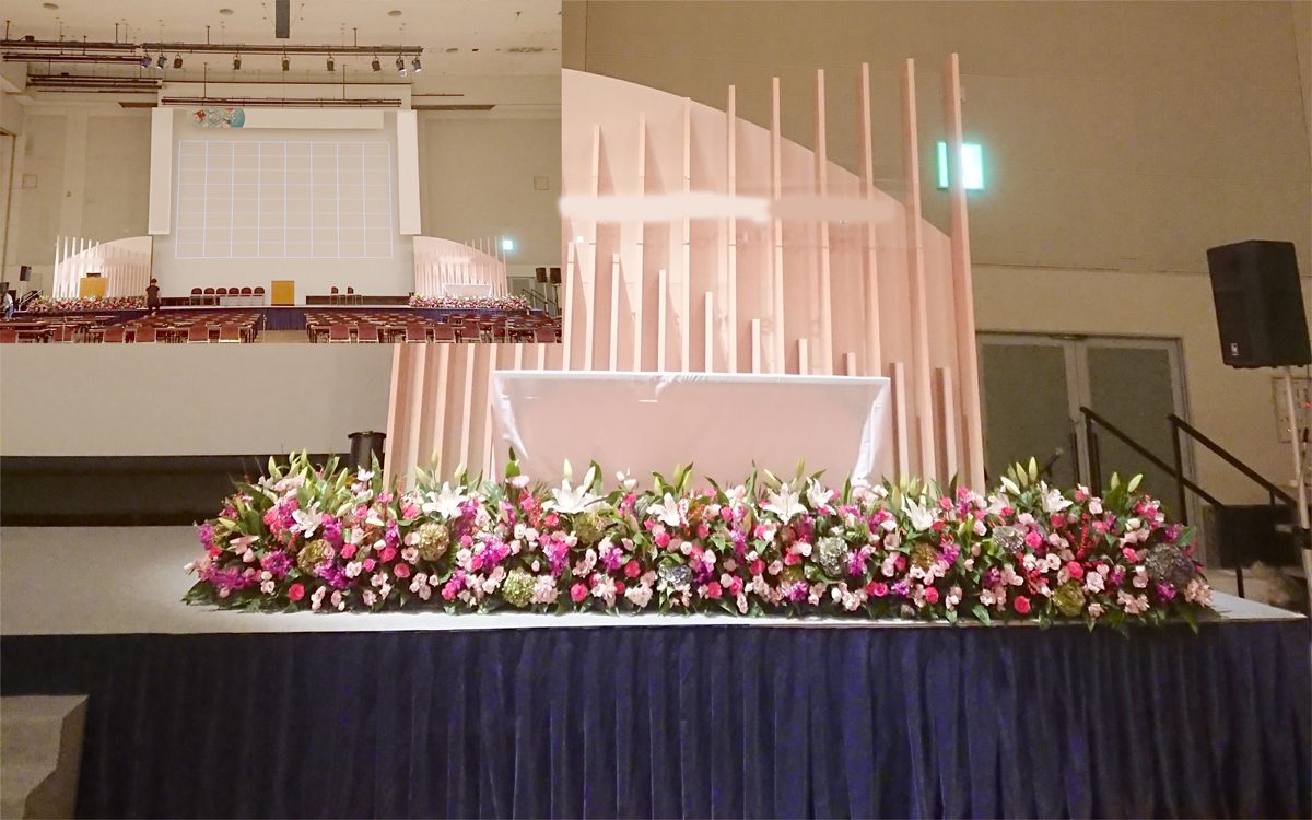 舞台上装花1